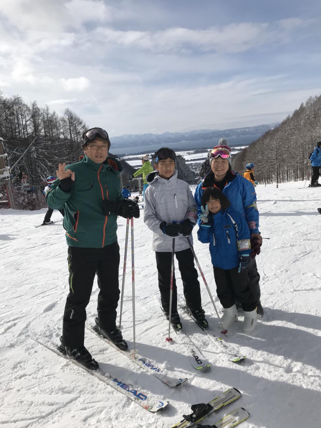 スキーへ。